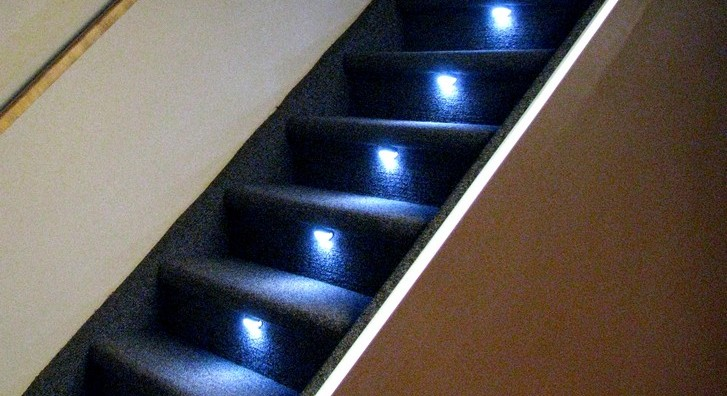Lighting Basement Washroom Stairs: Sweet Home: Stair Case Designs