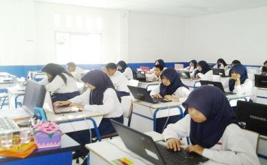 Contoh Soal Uji Kompetensi 2  Bahasa Indonesia Kelas 9