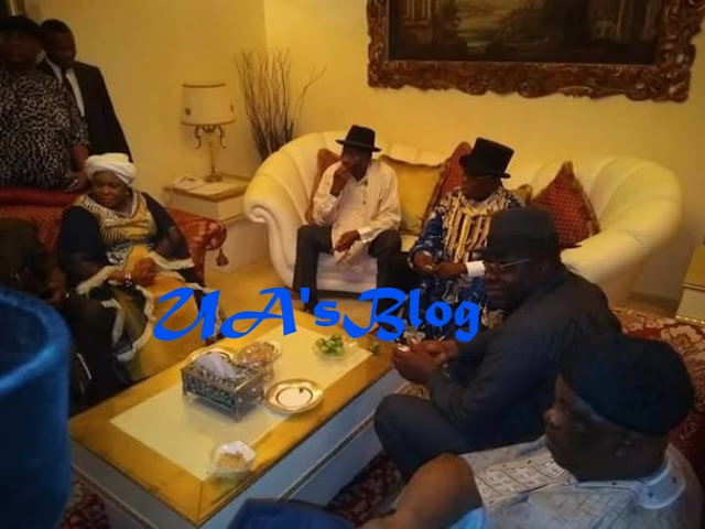 Olusegun Obasanjo Spotted With Goodluck Jonathan Inside His Residence In Otueke (Photos)