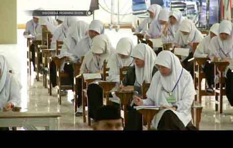 Pendidikan Berbasis Agama Perkuat Karakter Generasi Milenial