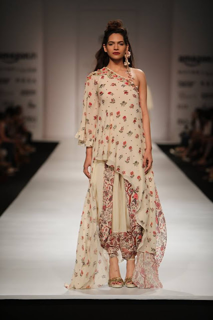 Nikasha Amazon India Fashion Week 2017