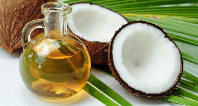 Coconut Oil can be used for whiten teeth at home