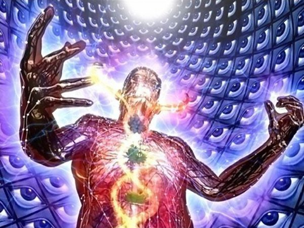 The more consciousness resides in the True Self, the less it does in the body-Self or Ego (Image taken from Alex Grey's depiction of kundalini awakening)