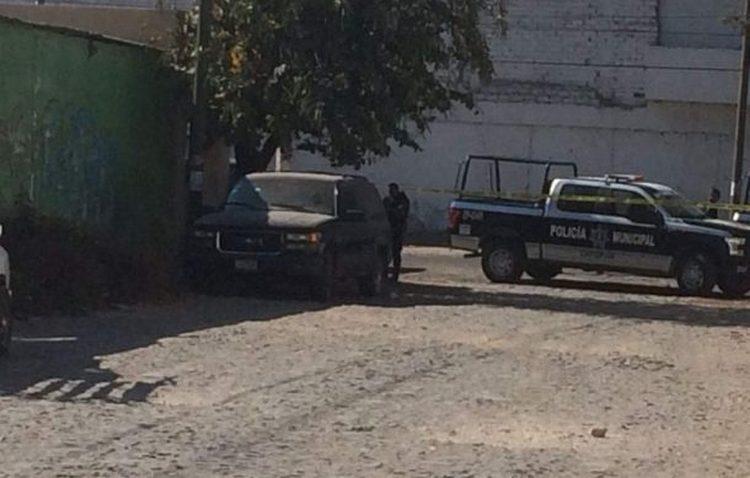 Jalisco: Hallan 4 CAVERES dentro de vehiculo en Zapopan