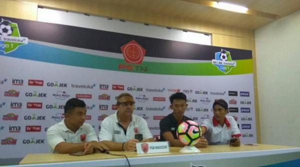Pelatih Robert Rene Alberts: PSM Makassar Dikalahkan Wasit