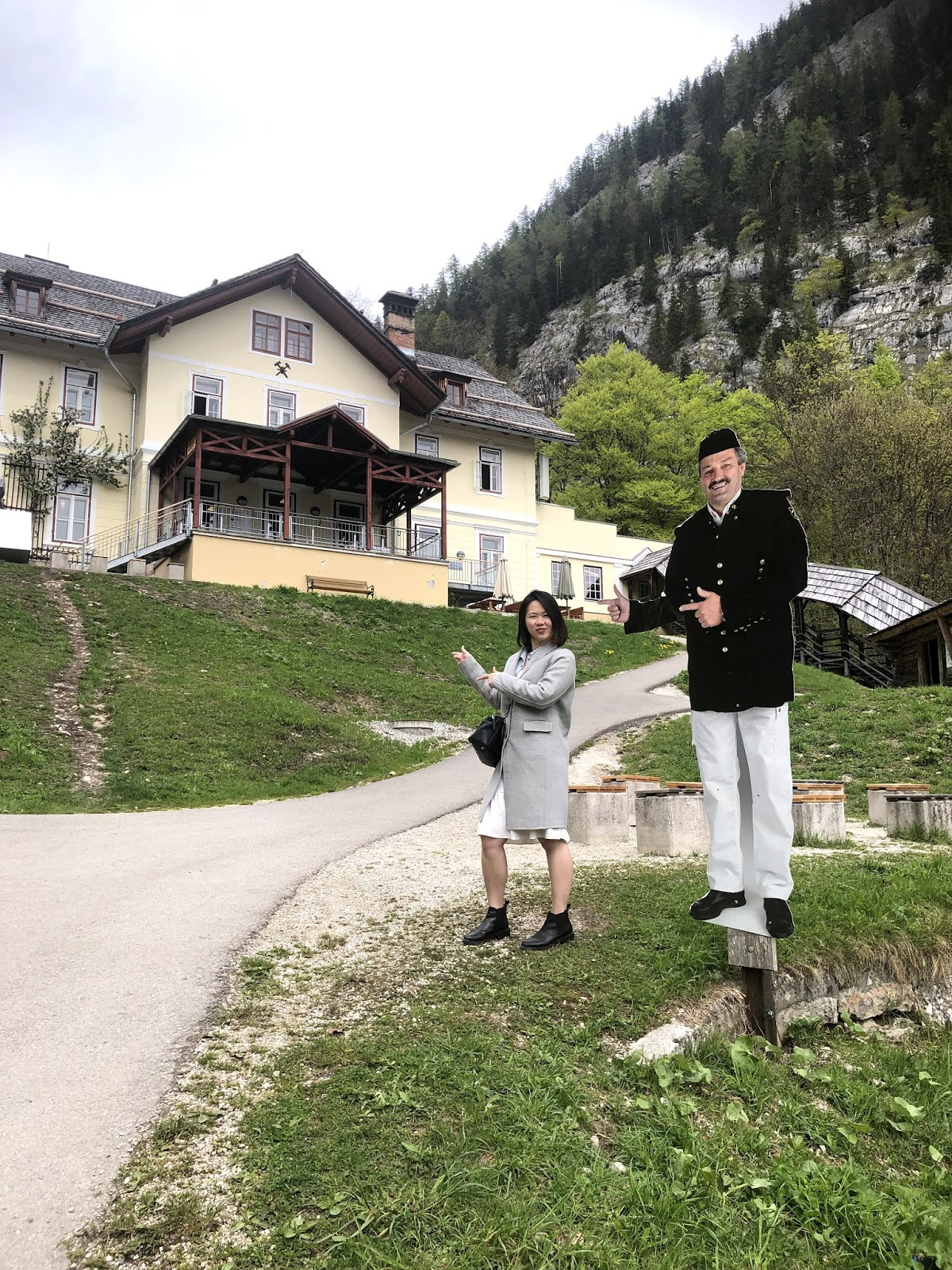 Day trip to hallstatt salt mine itinerary