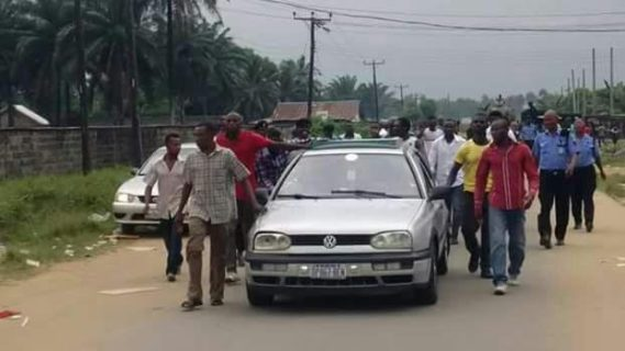 Photo: Rivers People Follow Their Votes To Collation Centre...lol