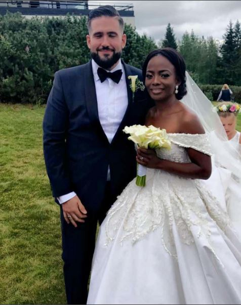 Photos-from-Busayo-Makinwa-Stian-Fossengen-white-wedding-Oslo-Norway