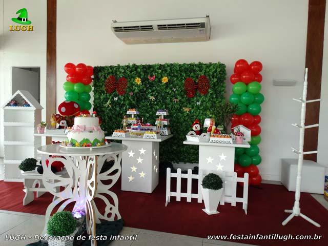 Decoração temática Jardim Encantado - festa de aniversário infantil em mesa provençal com muro inglês - Recreio RJ