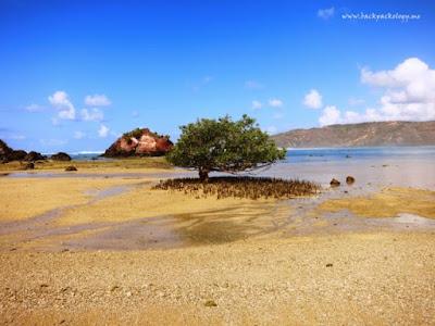 Pantai Novotel / Putri Nyale