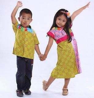Model Batik Couple Anak
