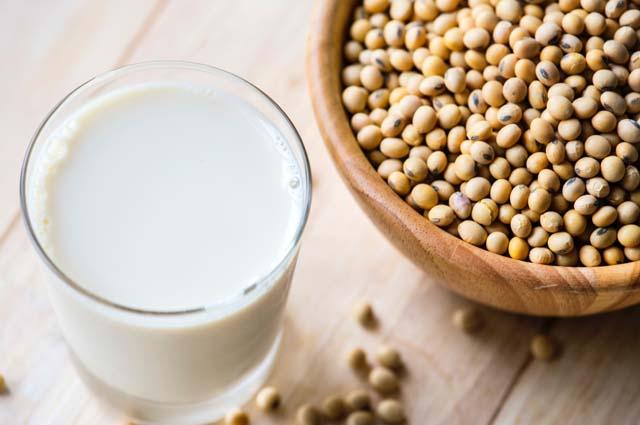5+ Manfaat Susu Kedelai untuk Kesehatan dan Ibu Hamil