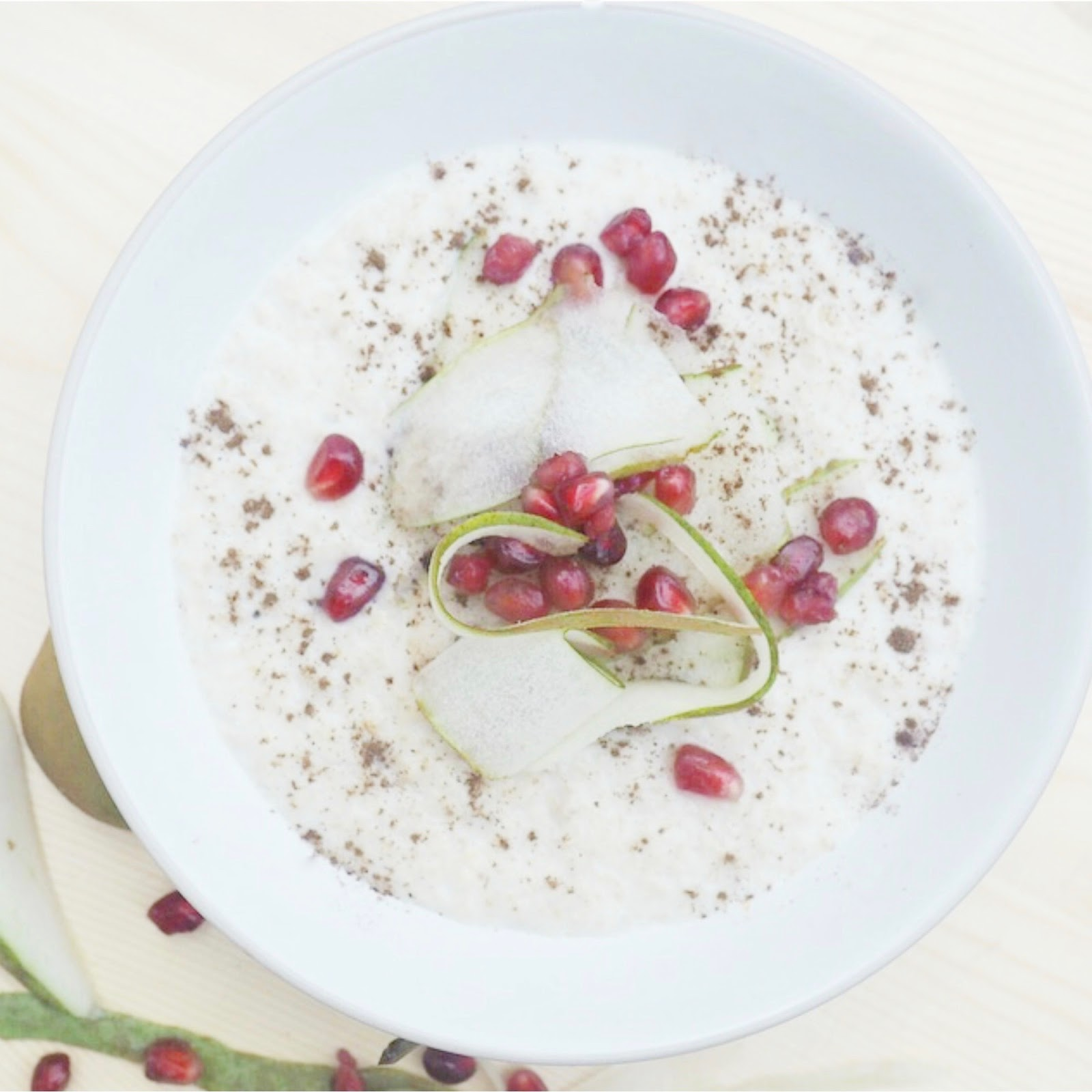 pomegranate and pear porridge
