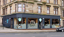 Walking And Crawling Craft Beer In Glasgow'