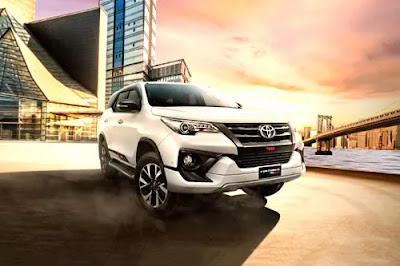 Spesifikasi Lengkap dan Harga Terbaru Toyota Fortuner 2019