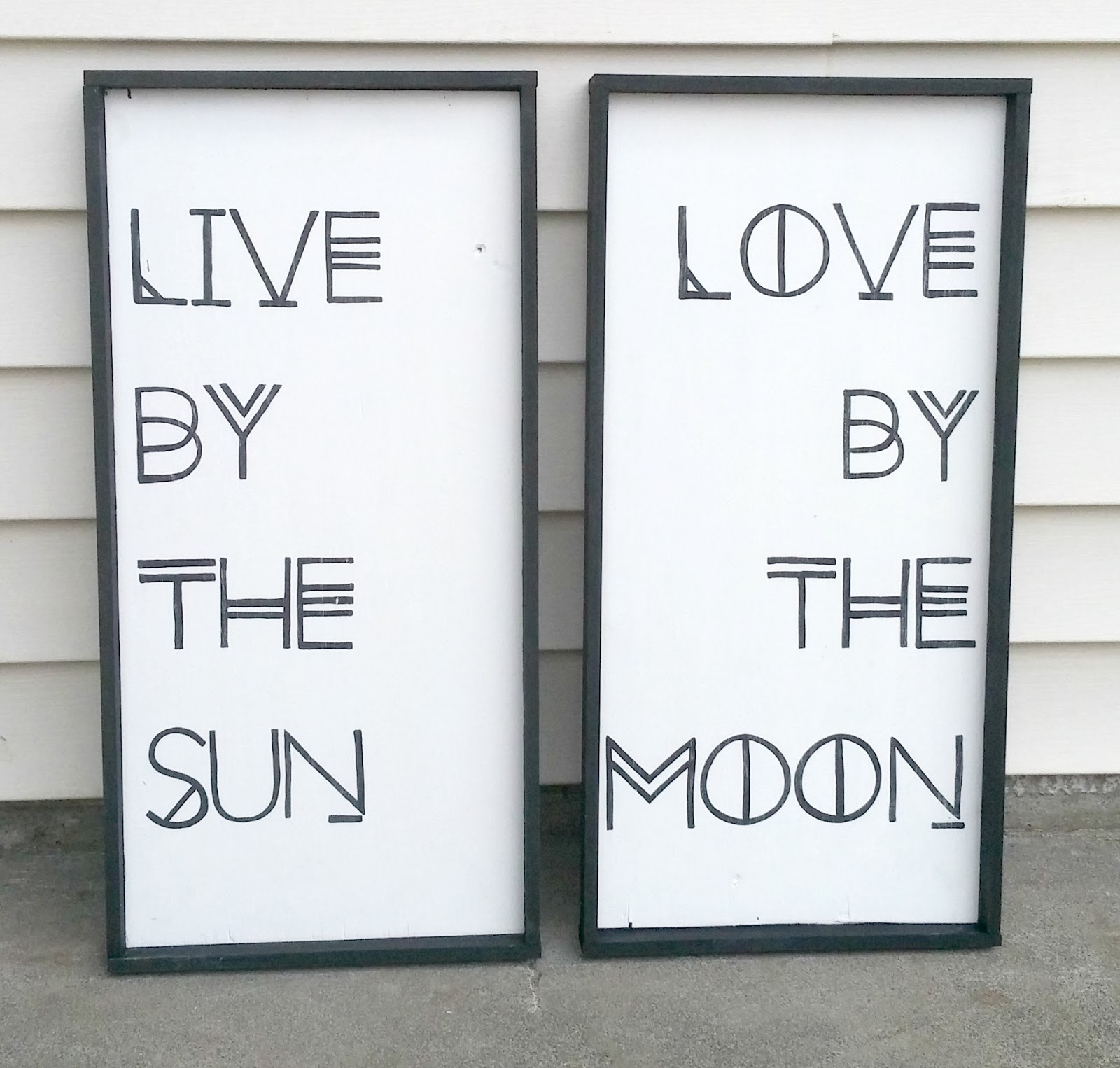 live by the sun, love by the moon sign