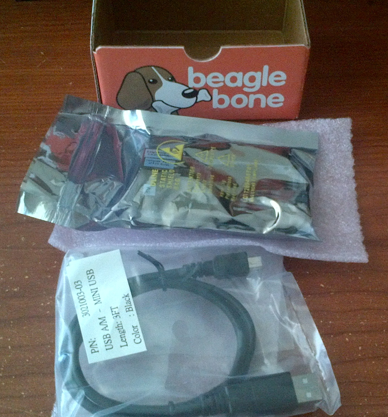Step by Step (Video and Pix): BeagleBone Rev A6 Unboxing and