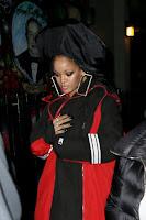 2017-02-06 リアーナ(Rihanna)ニューヨークにて、新しいビデオミュージックの撮影現場へ。