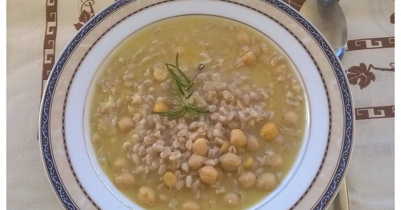 Minestra di farro e ceci un piatto sano e gustoso - Cucinare sano e gustoso ...