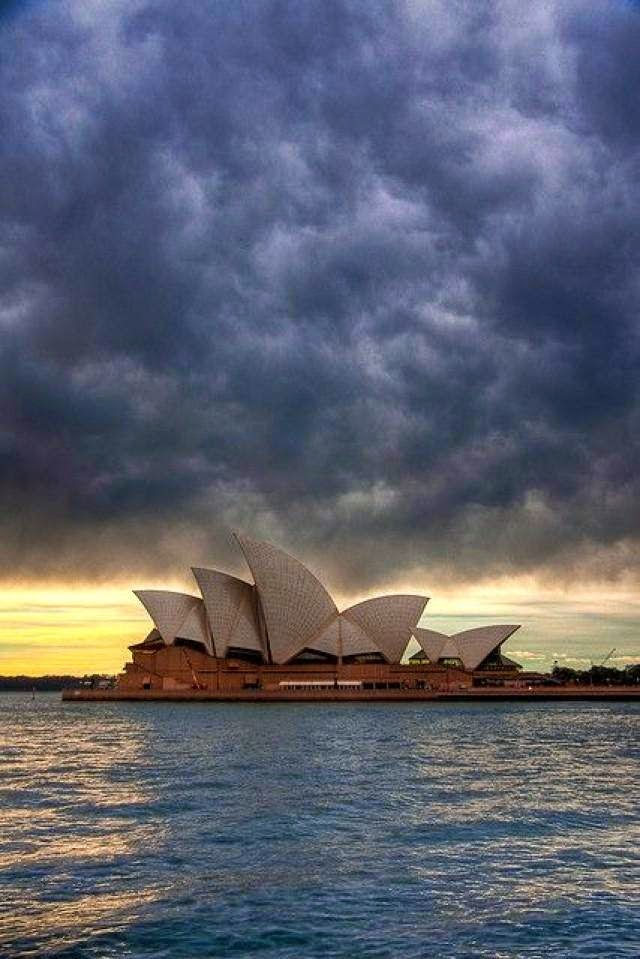 Sydney Opera House, Australia Sydney 10 Beautiful Cities in Australia