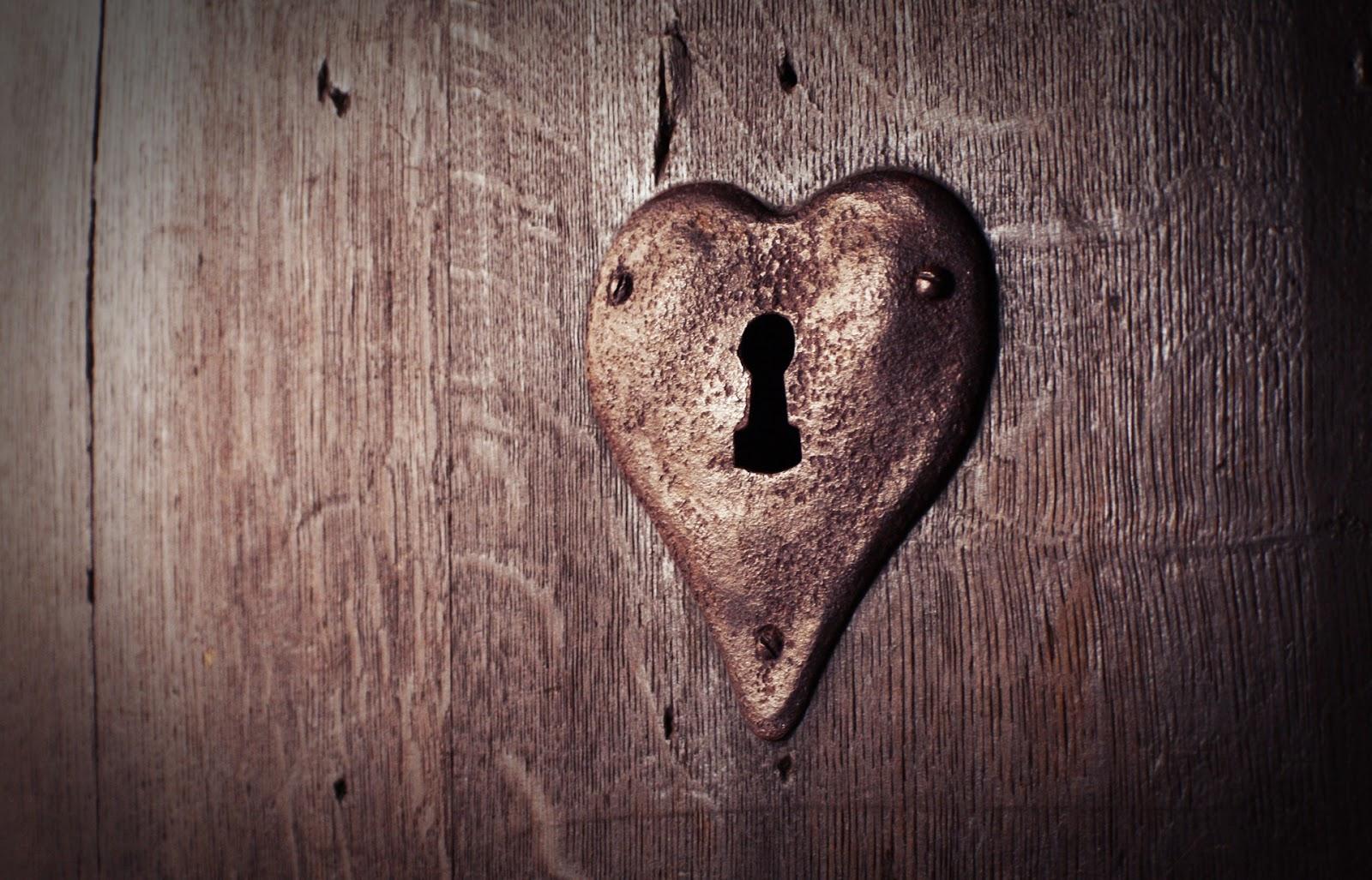 Herz Zeigen Und Liebe Weitergeben