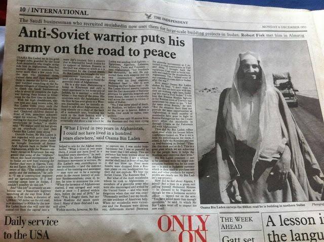 """""""Guerreiro anti-soviético coloca seu exército no caminho da paz: o empresário saudita que recrutou mujahedins (combatentes) agora os usa para projetos de construção em larga escala no Sudão."""""""