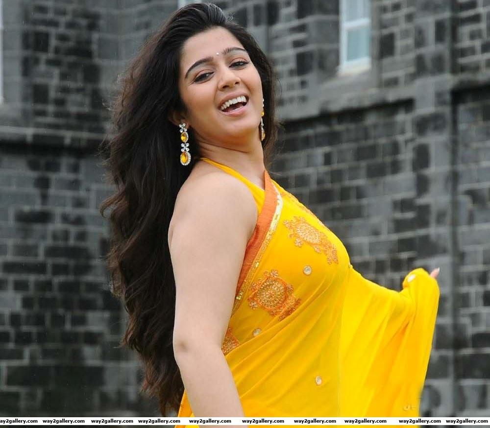 charmi in saree sexy pics