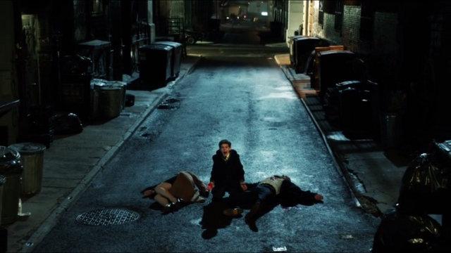 Muerte de los padres de Bruce Wayne en Cortland Alley