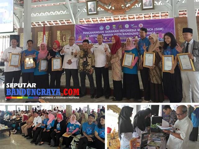 Disdik Kota Bandung Berikan Penghargaan kepada Para Penggerak Literasi