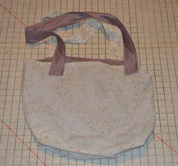 Quick and Easy Library Bag from Vintage Pillowcases