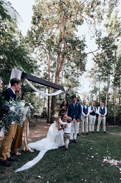 TO THE AISLE AUSTRALIA DIY RUSTIC WEDDING SUNSHINE COAST
