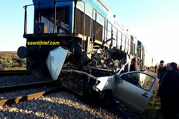 قطار الشلف بإتجاه وهران يدهس سيارة نفعية مخلفا إصابات خطيرة للضحايا