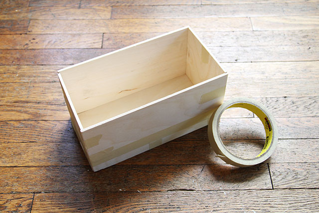 DIY Coffee Caddy: Assemble the box