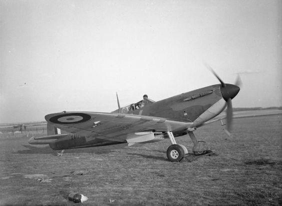 13 September 1940 worldwartwo.filminspector.com RAF Spitfire