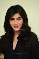 Shruti Haasan Looks Stunning trendy cool in Black relaxed Shirt and Tight Leather Pants ~ .com Exclusive Pics 088.jpg