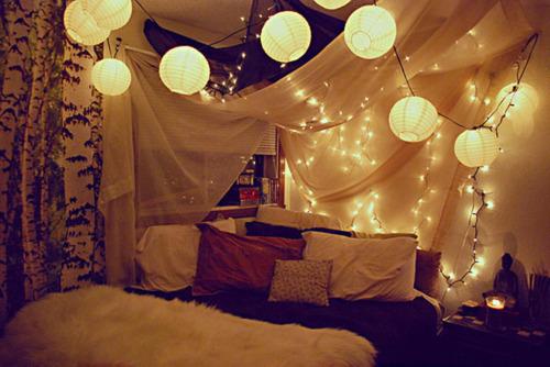 Indie Girl: Indie bedroom design.