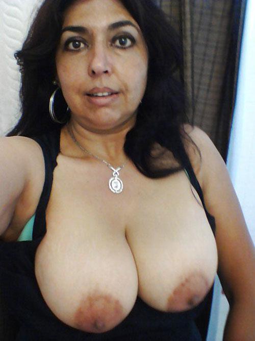 Chennai Mature Bhabhi Open Big Boobs Xxx Nude Pics