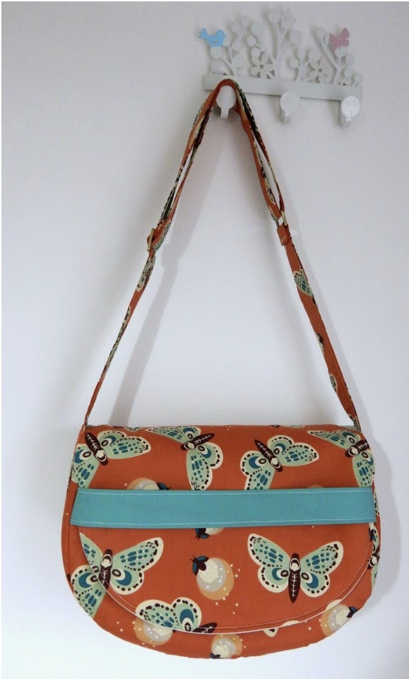 The Saddlebag Pattern By Mrs H Is A Great Match To Our Inspiration Bag