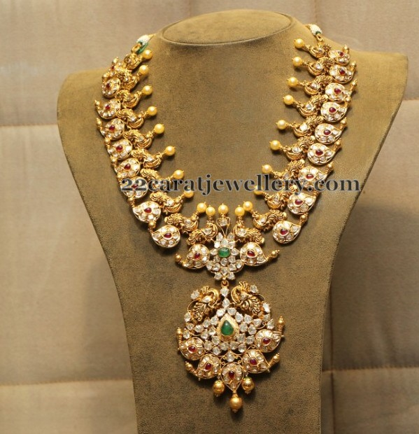 Nizami Collection by Hiya Jewellers