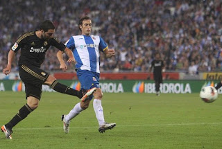 Real Madrid defeated Espanyol with three goals of Higuain