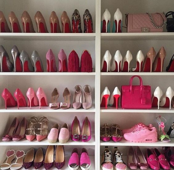 Also In Your Shoe Closet You Can Mix Things Up And Add Small Bag Next To  Your Favorite Pair Of Shoes, The Result Will Be Spectacular!