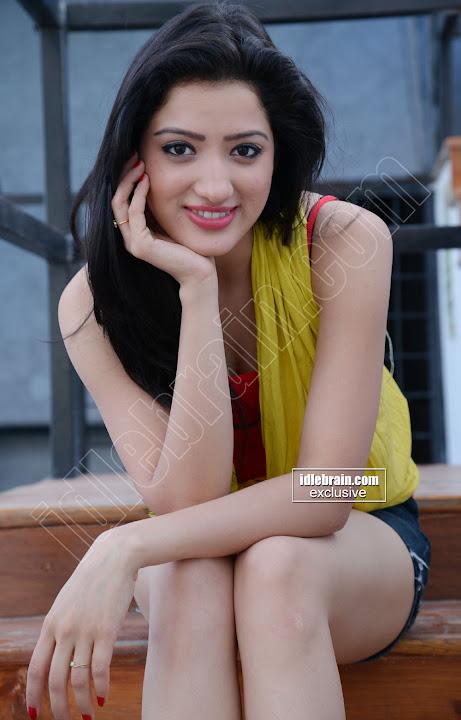 Anusha indian babe - 2 4