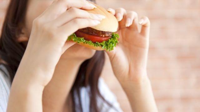 Makanan Pengaruhi Mood Seseorang