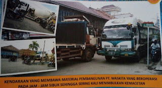 Kendaraan Material PT Waskita Rusak Infrastruktur Jalan