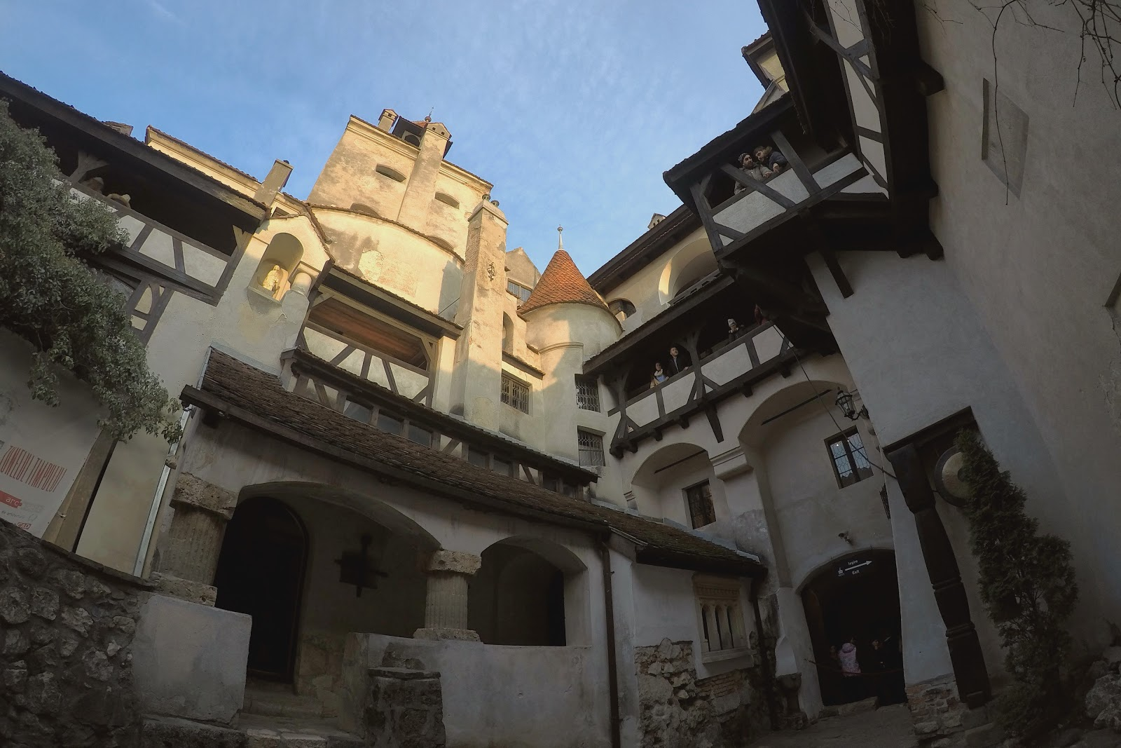 castelo bran romenia inverno