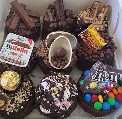 kek coklat moist, kek coklat, kek, hiasa kreatif kek, hiasa kretif kek coklat moist dengan coklat