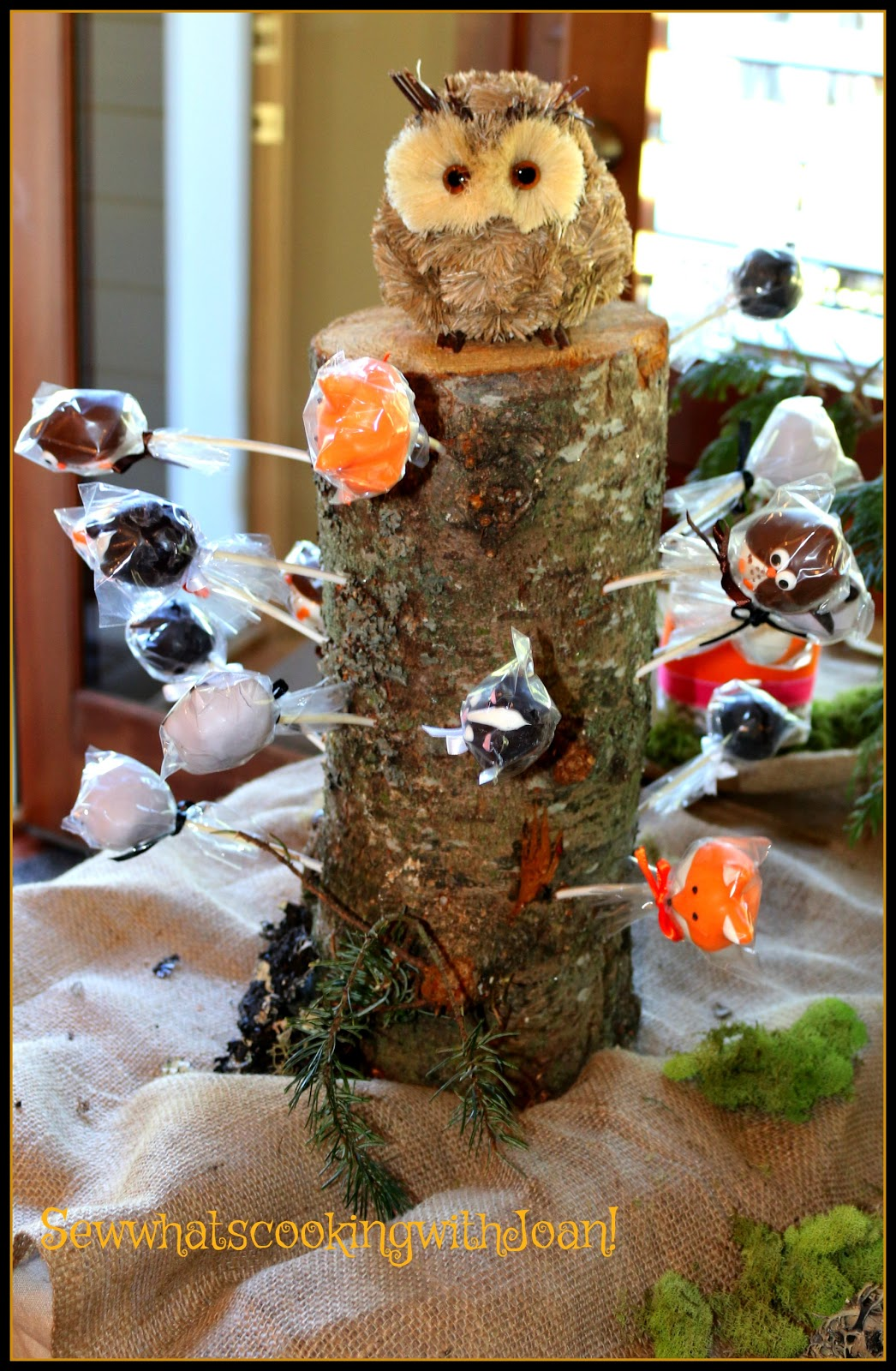 Bottle brush woodland animals - Woodland Animal Cake Pops Made By A Baker On Etsy She Is No Longer Baking I Found This Stump On My Walk And Decided It Would Be A Perfect Cake Pop Stand