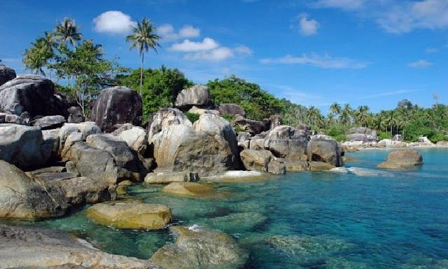 5. Pantai Tanjung Tinggi