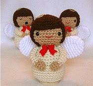 http://patronesamigurumis.blogspot.com.es/2013/02/patron-angelitos.html