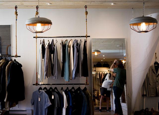 Kelebihan dan kekurangan bisnis baju online